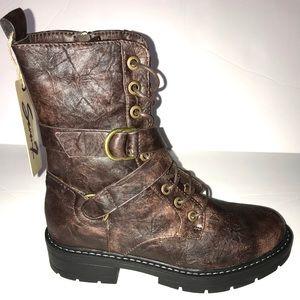 "0c0286991b668 Seven7 Shoes - NWT Seven7 Women s ""Cardi B"" Combat Boot"